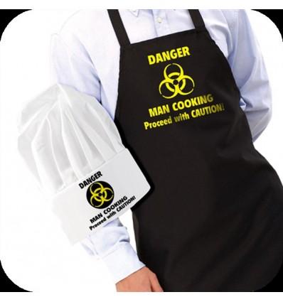 """Conjunto delantal y gorro """"hombre cocinando, peligro"""""""