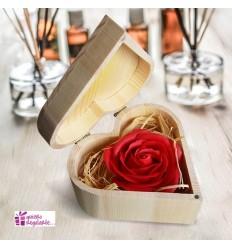 Rosa con pétalos de jabón