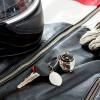 Llavero metálico casco de moto